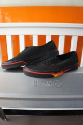 VANS Authentic (FLAME WALL) BLACK/BLACK