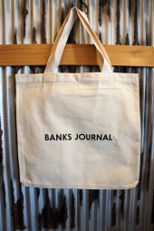 BANKS JOURNAL LABEL TOTE BAG (OFF WHITE)